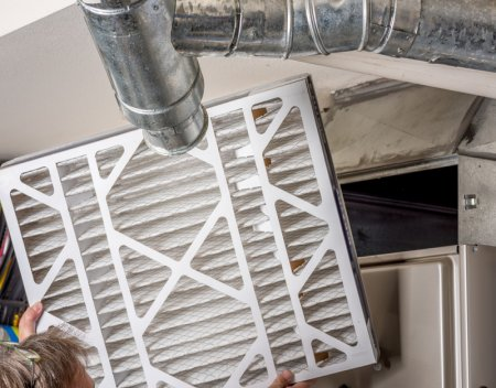 What Are Some Maintenance (Cleaning) Tips for Replacing Filters?